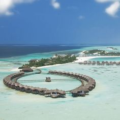 Olhuveli Beach & Spa Resort, Maldives offers a beautiful spa with its own boutique and an attractive all inclusive plan for guests who want all their meals and drinks included in their holiday price. The beautiful island of Olhuveli is located in a turquoise lagoon and offers and excellent range of watersports, spa and dining options