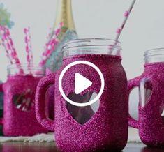 Glitter Heart Mason Jar Mugs : Glitter Heart Mason Jar Mugs Mason Jar Mugs, Mason Jar Diy, Mason Jar Projects, Mason Jar Crafts, Sparkle Mason Jars, Cute Crafts, Diy And Crafts, Glitter Crafts, Ideias Diy