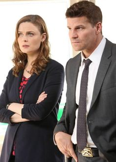 'Bones' Season 10 Spoilers: Will David Boreanaz's Agent Booth Survive His Ordeal? Executive Producer Says Series To Depart From Usual Serial Killer Story Line