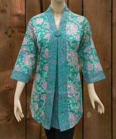 Simple Pakistani Dresses, Pakistani Fashion Casual, Pakistani Dress Design, Simple Dresses, Kurti Designs Party Wear, Kurta Designs, Blouse Designs, Batik Kebaya, Batik Dress