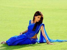 Genelia D'Souza Wallpaper: http://www.indianstars.net/details.php?image_id=5525 #GeneliaD'Souza #GeneliaD'Souzawallpapers #GeneliaD'Souzaphotographs #Saree