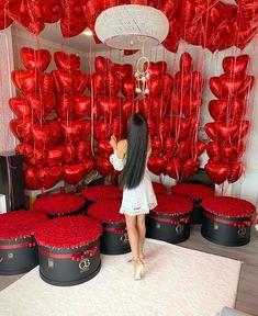 find them decorations balloons Decor ideas for Bachelor's party Birthday Goals, Diy Birthday, Valentines Day Decorations, Birthday Decorations, Wedding Decorations, Ideas For Bachelor Party, Romantic Room Decoration, Rosen Box, Spongebob Birthday Party