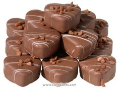 Order online chocolate delivery in chennai where you can buy & send gifts to mumbai for birthday, wedding anniversary and other occasions at best price.