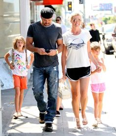 1000 images about mother 39 s day on pinterest madonna for How old are tim mcgraw and faith hill s kids