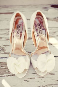 Shoes - Bride ( but in BLACK)