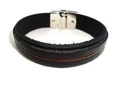 Veja nosso novo produto Pulseira de Couro Black Fecho Magnetico! Se gostar, pode nos ajudar pinando-o em algum de seus painéis :)