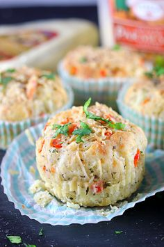 How to make Savory Pizza Muffins, Breakfast pizza muffins, Yeast free Savory Pizza Muffins, breakfast-on-the go muffins, egg free Savory Muffins