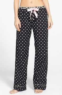 Adorable pajama bottoms  http://rstyle.me/n/bmkxknyg6