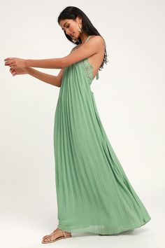 d7dc74329e2 8 Best Sage green maxi dress images