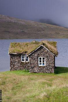 luthienthye:  Stone house, sod roof. Sandoy, Faroe Islands (via Pinterest)