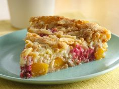 Looking for a gluten free fruit dessert? Check out this pie that uses Bisquick® Gluten Free mix, frozen peaches and fresh raspberries...plus, it requires only 15 minutes of prep time!