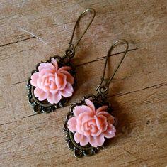 """Ooak☥Craft - 'Dahlia' earrings > Pendientes """"Dahlia"""""""