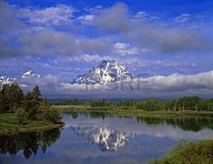 814668-the-oxbow-bend-of-the-snake-river-and-mt-moran-in-grand-teton-national-park-wyoming.jpg (450×348)