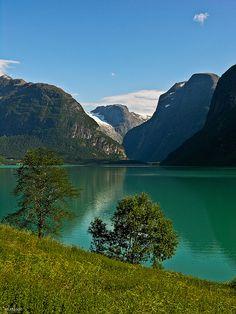 Lake Loen in Sogn og Fjordane county, Norway (by M Molde).