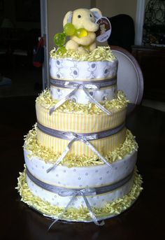 Gender Neutral Diaper Cake. Use rubber duckie on top