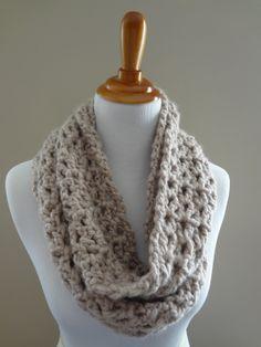 Crochet+Infinity+Scarf+Pattern+Beginner | Infinity Scarf Crochet Pattern