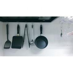 Kitchen,S字フック,無印良品 mamoru_0517の部屋 Muji Storage, Griddle Pan, Life Hacks, Interior, Kitchen, Cooking, Indoor, Grill Pan, Kitchens