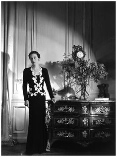 Wallis Simpson in Elsa Schiaparelli, Vogue, June,1937 Photo Cecil Beaton