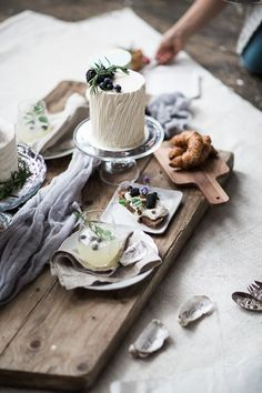 Wedding Photography Styles, Creative Wedding Photography, Food Photography Styling, Wedding Photography Inspiration, Food Styling, Photography Tips, Petra, Branding, Table Decorations