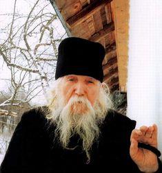 Rugăciunea care dezleagă tot ce a fost legat a Părintelui Ilarion Argatu Winter Hats, Beanie, Parenting, Fashion, Moda, Fashion Styles, Beanies, Fashion Illustrations, Childcare
