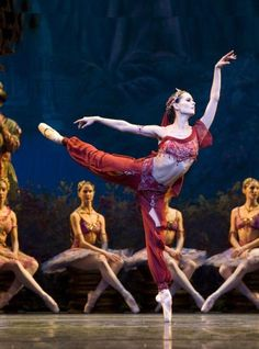 Igone de Jongh in La Bayadère. Het Nationale Ballet. Photo:...