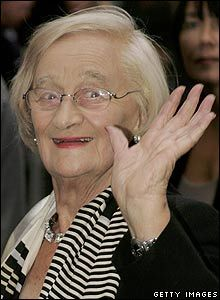 Liz smith, one of the finest actors in the u.k best known for playing nanna in royal family. Loved her also in the 80's life and loves of a she devil.