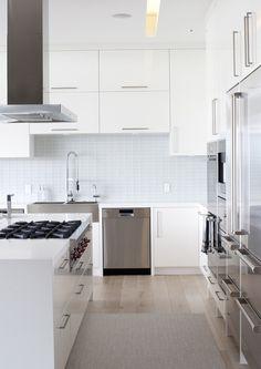 "Modern White Kitchen - looks like a 36"" Wolf Rangetop"