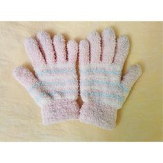 8✂Cute Fluffy GlovesHP PRICE IS FIRM!! (Seeon TITLE) This is the lowest of the lowest I can do!! Moving SOON, Trying to DOWNSIZE ➖➖➖➖➖➖➖➖➖  NWOT  Never been worn before.  ⏩ Super cute gloves!  ⏩ Soft pink, soft blue, white. ⏩ High quality, very well-made. ⏩ Warm and stylish at the same time. ⏩ So soft, fluffy and adorable!  ⏩ One size, but I'd say small. Accessories Gloves & Mittens