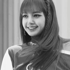 """LALISA Screenshots do Behind The Scenes do novo M/V do BlackPink """"As If It's Your Last"""" ▶"""