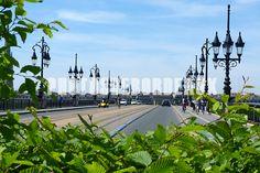 Le Pont de Pierre en verdure - Bordeaux