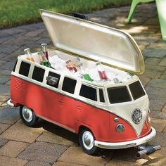 As a replica of one of the coolest vintage vehicles ever, you know that this Volkswagen Van Cooler will do a good job. This groovy camper cooler looks just like the iconic 1965 VW bus. Volkswagen Bus, Vw Camper, Beetles Volkswagen, Outdoor Gadgets, Outdoor Gear, Camping Hacks, Pineapple Backpack, Vans Vw, Cooler With Wheels