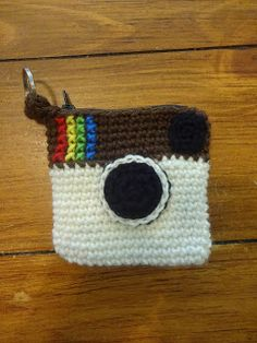 Throwback Camera Pouch - Free Pattern, #crochet, #haken, gratis patroon (Engels), camera tas, #haakpatroon