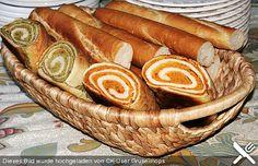 Grünes und rotes Pestobrot, ein sehr schönes Rezept aus der Kategorie Brot und Brötchen. Bewertungen: 208. Durchschnitt: Ø 4,6.
