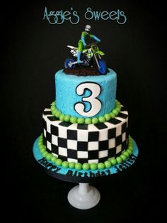Motorcycle Tire cake with NO fondant Motorcycle sports bike