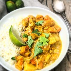 Curry d'automne Squash Vegetable, Vegetable Curry, Vegetarian Dinners, Fresh Lime Juice, Meal Prep, Meals, Dishes, Vegetables, Recipes