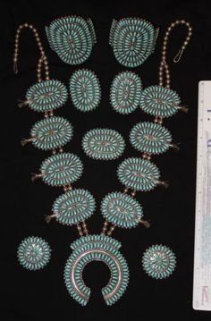 Native-American-silver-Navajo-turquoise-squash-blossom-necklace-8-pieces-set
