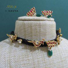 Thread Jewellery, Gold Jewellery, Silver Jewelry, Fine Jewelry, Gold Jewelry Simple, Simple Necklace, Tiny Earrings, Gold Earrings, Pendant Jewelry