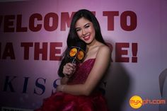"PHOTOS: KISSES DELAVIN's ""Confidently Kisses"" Concert! Kiss Concert, Filipina Actress, Angel Kisses, Lucky 7, Makeup Blush, Natural Make Up, May 1, Beauty Queens, Ulzzang"