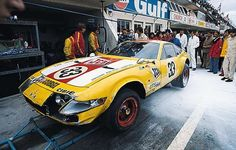 It's June and after toiling through the night at Le Mans, the Ferrari Daytona of J. Bamford Excavators Ltd. has retired with gearbox problems… Sports Car Racing, F1 Racing, Race Cars, 24h Le Mans, Le Mans 24, Vintage Racing, Vintage Cars, Vintage Auto, Course Automobile