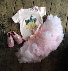 Sas and Yosh Illustration Collaborate with 'Rosita Lollipop' for Baby suit