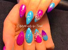 Color changing nails  Styliztik nailz by Sarah  Bling  Stiletto