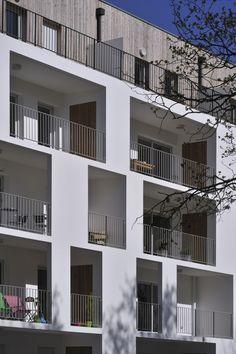 Esteban apartment building, Nantes, France by Leibar-Seigneurin Architects Building Facade, Building Exterior, Building Design, Building Rendering, Facade Architecture, Residential Architecture, Contemporary Architecture, Classical Architecture, Habitat Collectif