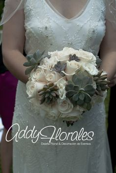 Decoration: Addy Florales #weddingBouquet, #succulents #bouquetwithsucculents #AddyFlorales #WeddingInGuatemala #AddyFloralesGT #AddyFloralesBodasyEventos  #elegantwedding www.addyflorales.com