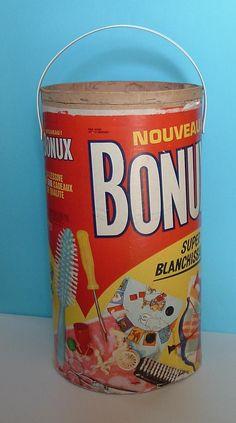 barril BONUX avec le CADEAU!!! et les barils servaient à ranger les jouets, on les recouvrait de papier, de vinyl...