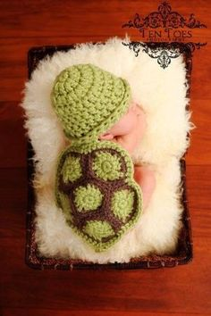 Crochet Pattern - Hatchling Turtle- Cuddle Critter Cape Set - Newborn Photography Prop by yourangel