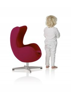 LITTLE NEST YOLK CHAIR-have