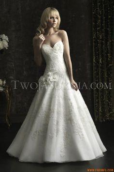 Vestidos de noiva Allure 8962 Bridals