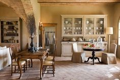 italy | tuscany | detail of the diningroom at Relais Sant'Elena | bibbona | stefanoscata.com photographer