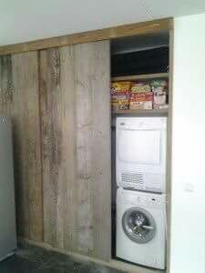 Sliding barn doors to conceal laundry area where there is insufficient space for separate utility Home Appliances, Laundry Mud Room, Dream Bathrooms, Laundry Room Design, Home Decor, Home Deco, Home Diy, Interior Design Kitchen Contemporary, Wood Design