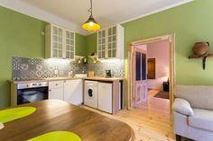 Walnut Apartments se află în Sibiu, la 15 minute de mers pe jos de Piața Mare și de Podul Minciunilor.